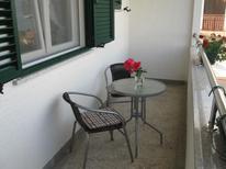 Ferienwohnung 1003155 für 8 Personen in Brodarica