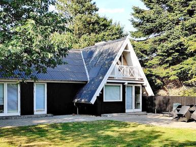Ferienhaus 1003612 für 10 Personen in Fjellerup Strand