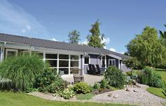 Vakantiehuis 1003826 voor 6 personen in Vibæk Strand