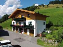 Ferienhaus 1004791 für 17 Personen in Maria Alm am Steinernen Meer