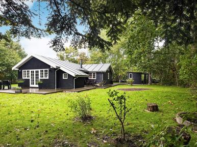 Holiday home 1005069 for 8 persons in Fjellerup Strand