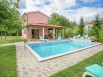 Villa 1005565 per 8 persone in Zminj