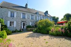 Holiday home 1006815 for 12 persons in Regnéville-sur-Mer