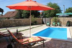 Holiday home 1009843 for 8 persons in Bogatic