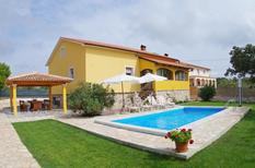 Ferienhaus 1010015 für 6 Erwachsene + 2 Kinder in Juršići