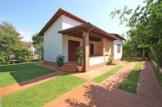 Ferienhaus 1012218 für 4 Personen in Forte dei Marmi