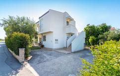 Casa de vacaciones 1014856 para 8 personas en Bibinje