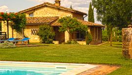 Feriehus 1015696 til 4 personer i Monteriggioni