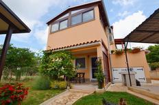Ferienwohnung 1015991 für 5 Personen in Fažana