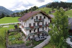 Appartement 1020444 voor 26 personen in Neukirchen am Großvenediger