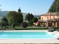 Appartement 1020740 voor 6 personen in San Casciano dei Bagni