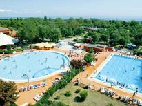 Ferienwohnung 1020966 für 7 Personen in Lido di Pomposa