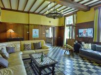 Ferienhaus 1022723 für 24 Personen in Houyet