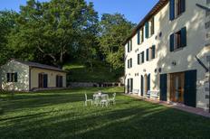 Vakantiehuis 1023002 voor 12 personen in Piancastagnaio