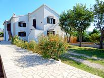 Holiday apartment 1023826 for 4 persons in Pag