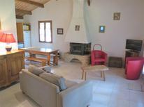 Villa 1025048 per 4 persone in Blanquefort-sur-Briolance