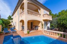 Villa 1025293 per 10 persone in Son Serra De Marina