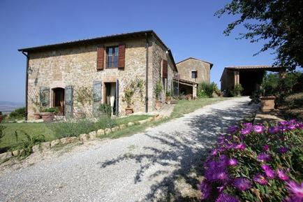 Holiday home 1026323 for 12 persons in Monticchiello