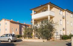 Appartement 1031471 voor 6 personen in Sveti Vid-Miholjice