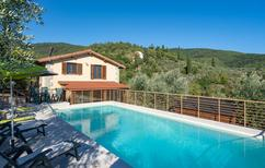 Holiday home 105687 for 8 adults + 4 children in Arezzo