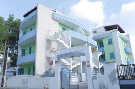 Ferienwohnung 1073398 für 6 Personen in Baia Verde
