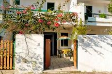 Ferienwohnung 1119467 für 6 Personen in Baia Verde