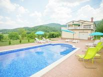 Ferienhaus 1123043 für 8 Personen in Buzet