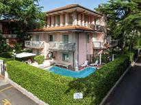 Ferienwohnung 1127615 für 4 Personen in Riccione