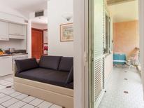 Appartement 1127616 voor 6 personen in Riccione