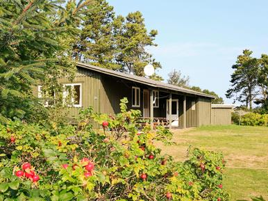 Casa de vacaciones 1128146 para 8 personas en Bratten Strand