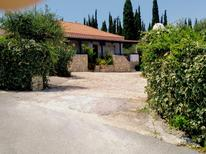 Appartement de vacances 1128950 pour 4 adultes + 1 enfant , Kombi