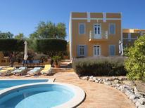 Ferienhaus 1130153 für 6 Personen in Loulé