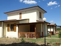 Ferienwohnung 1131268 für 4 Personen in Riotorto