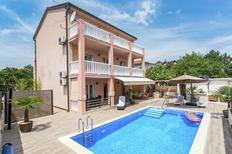 Appartement 1132296 voor 4 personen in Šilo
