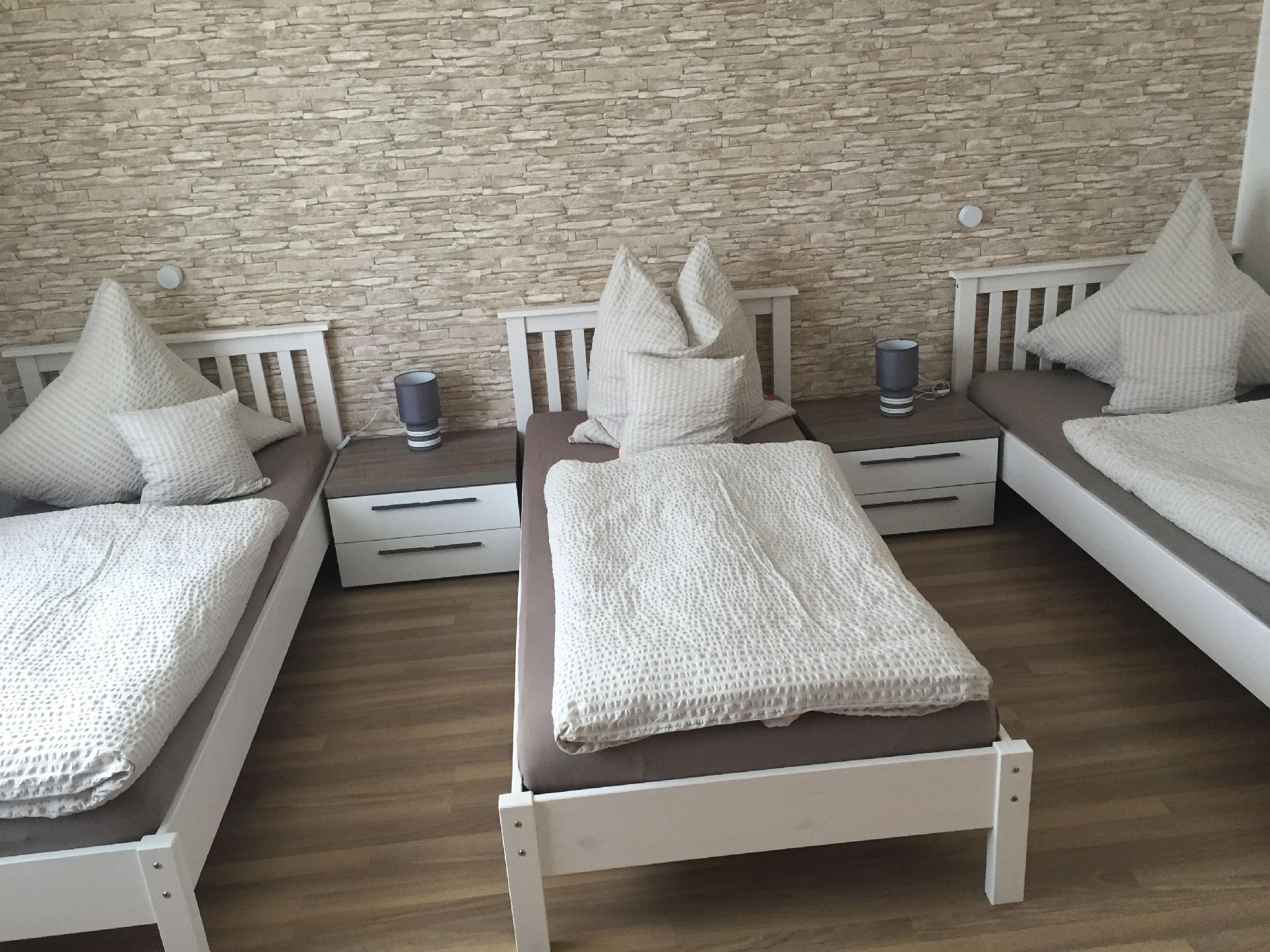 ferienwohnung f r 5 personen in augsburg atraveo objekt nr 1135404. Black Bedroom Furniture Sets. Home Design Ideas