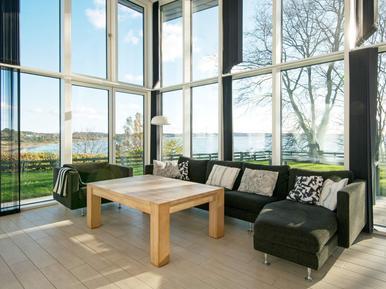 Ferienhaus 1135580 für 8 Personen in Egsmark Strand