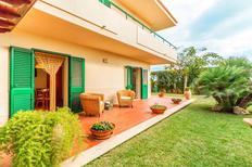 Ferienhaus 1135613 für 4 Personen in Marina di Ragusa