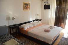 Appartement 1135702 voor 5 personen in Makarska