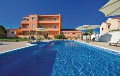 Ferienwohnung 1135782 für 4 Personen in Privlaka