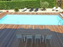 Vakantiehuis 1135870 voor 8 personen in Cazaubon