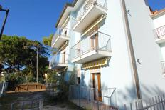 Ferienwohnung 1135891 für 5 Personen in Rosolina Mare