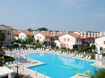 Ferienwohnung 1135900 für 6 Personen in Rosolina Mare