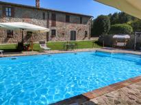 Appartement 1138174 voor 4 personen in Pian di San Martino