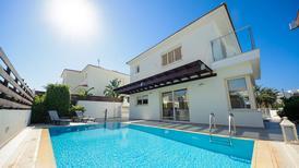Ferienhaus 1138654 für 6 Personen in Pernera