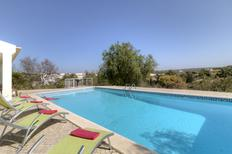 Ferienhaus 1139492 für 6 Personen in Ferragudo