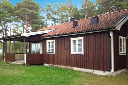 Holiday home 1139570 for 4 persons in Djupvik