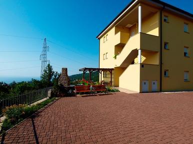Ferienwohnung 1139972 für 6 Personen in Mihotići