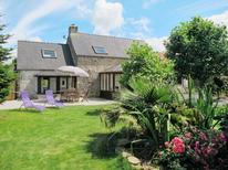 Ferienhaus 1141834 für 6 Personen in Plounevez-Lochrist