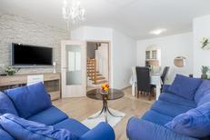 Ferienhaus 1144213 für 6 Erwachsene + 1 Kind in Poreč