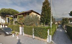 Holiday apartment 1144893 for 5 persons in Capanne-Prato-Cinquale